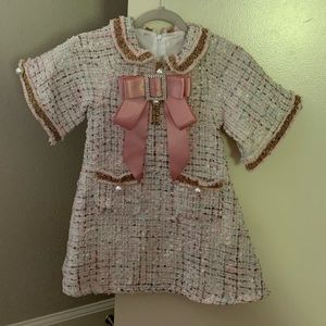 Beautiful lil Girl Bow Dress